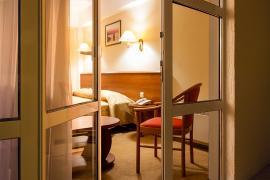 hotel-arcadia-crimea-room-15.jpg