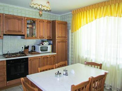 kiev-hotel-platium-cottage-standart-three-bedroom-03.jpg