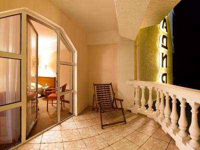 hotel-arcadia-crimea-room-14.jpg