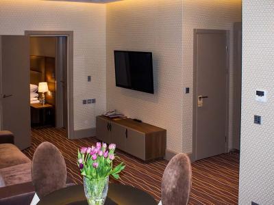 hotel-khreschatyk-apartment-prestige-05.jpg