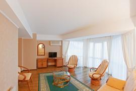 hotel-arcadia-crimea-room-01.jpg