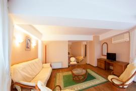 hotel-arcadia-crimea-room-02.jpg
