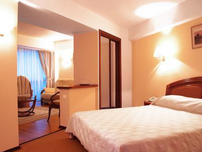 hotel-arcadia-crimea-room-05.jpg