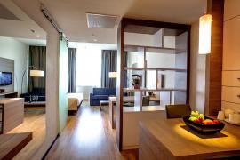 demo-hotel-suite-room-04.jpg