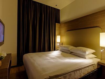 demo-hotel-delux-room-02.jpg